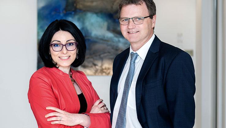 Partner Bank Vorstand Andreas Fellner und Elham Ettehadieh